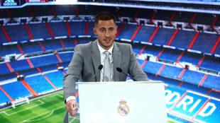 Eden Hazard, durante su presentación como nuevo jugador del Real...