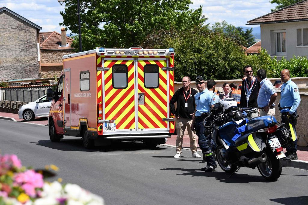 A picture taken on June 12, 2019 shows an ambulance car in which Team Ineos rider Great Britains Christopher <HIT>Froome</HIT> receives medical treatment after falling on a training run ahead of the fourth stage of the 71st edition of the Criterium du Dauphine cycling race, a 26,1 km individual time trial between Roanne and Roanne. - The team confirmed that <HIT>Froome</HIT> would take no further part in the race, potentially casting a shadow over the 34-year-olds bid for a fifth Tour de France which starts in Brussels on July 6. (Photo by Anne-Christine POUJOULAT / AFP)
