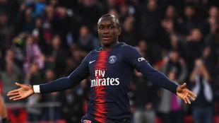 Moussa Diaby (19).