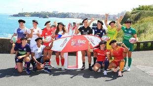Las capitanas de los equipos participantes