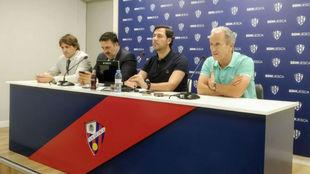 Rubén García, Manuel Torres, José Antonio Martín Petón y Josete...