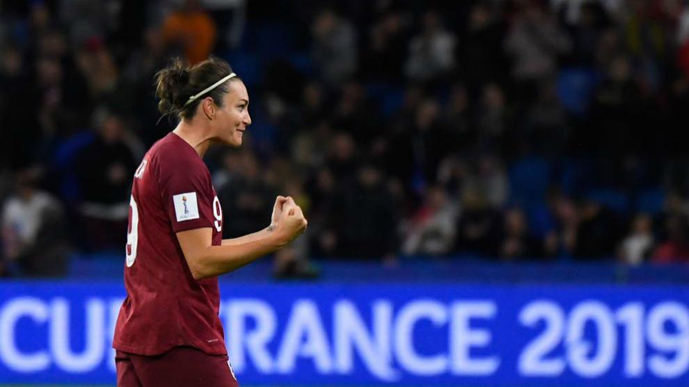 Jodie Taylor celebra el gol del triunfo de Inglaterra.