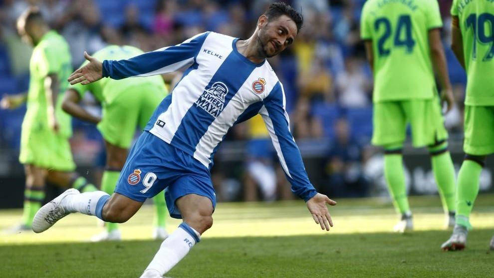 Sergio García celebra un gol con el Espanyol.