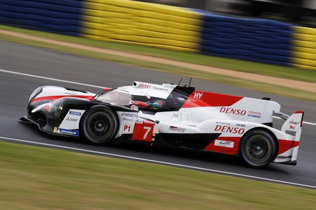 Le Mans (France), 15/06/2019.- <HIT>Toyota</HIT> Gazoo Racing (starting no.7) in a <HIT>Toyota</HIT> TS050 Hybrid with Mike Conway of Great Britain, Kamui Kobayashi of Japan and Jose Maria <HIT>Lopez</HIT> of Argentina in action during the Le Mans 24 Hours race in Le Mans, France, 15 June 2019. The race is scheduled to finish at 3pm on the 16 June. (Francia, Gran Bretaña, Japón, Reino Unido) EFE/EPA/EDDY LEMAISTRE