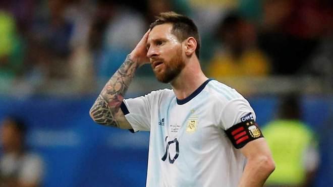 Messi poco pudo hacer en el duelo ante Colombia.