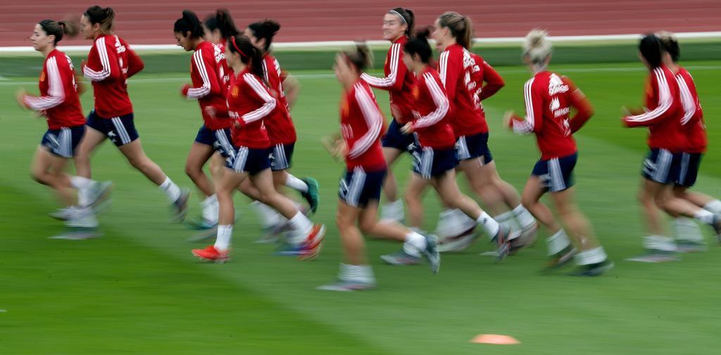 La selección española durante un entrenamiento en Le Havre.