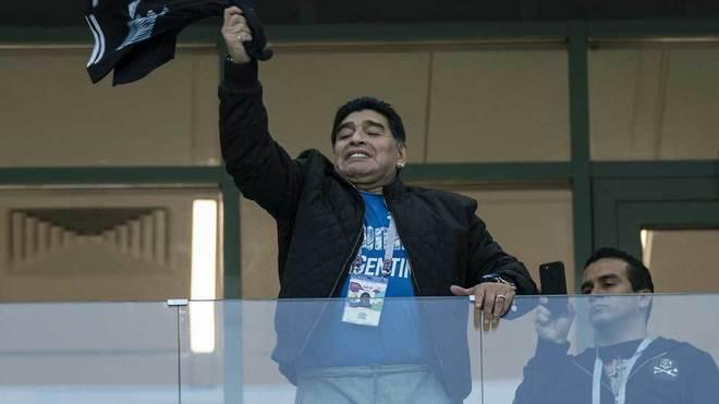 Maradona se le fue con todo al representativo albiceleste.
