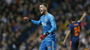 Neto, durante el partido de la pasada campaña ante el Madrid