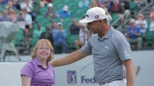 Woodland junto a Amy en el Phoenix Open.