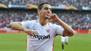Ben Yedder (28) celebra un gol con la camiseta del Sevilla.