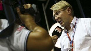 Mika Hakkinen, durante el pasado Gran Premio de Singapur.