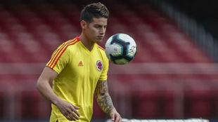 James, en un entrenamiento de la selección colombiana.