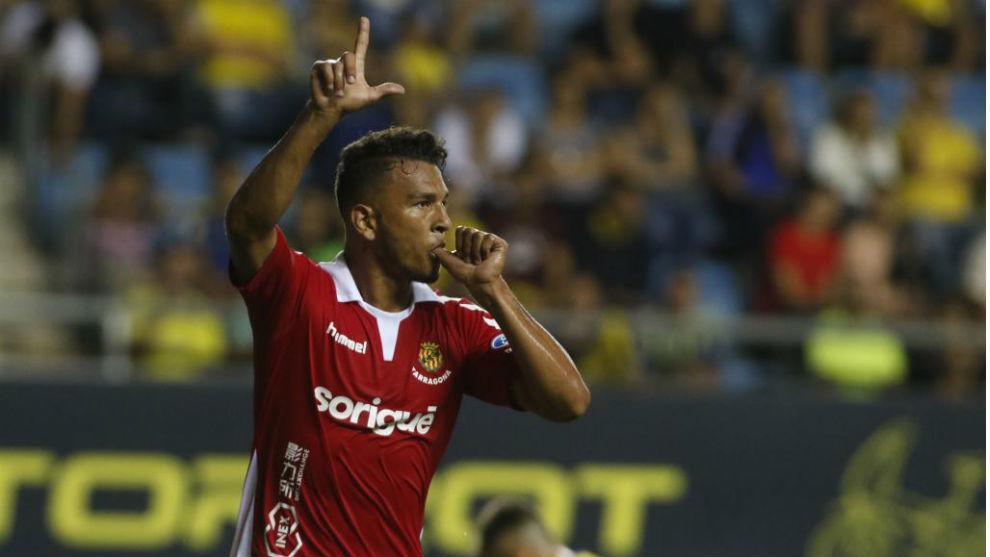 Luis Suárez celebra un gol ante el Cádiz