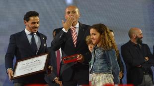 El ex presidente José María del Nido (61), con tres de sus hijos.
