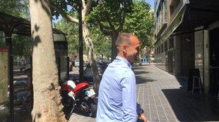 Javi Garrido, a su llegada a las oficinas del Valencia.