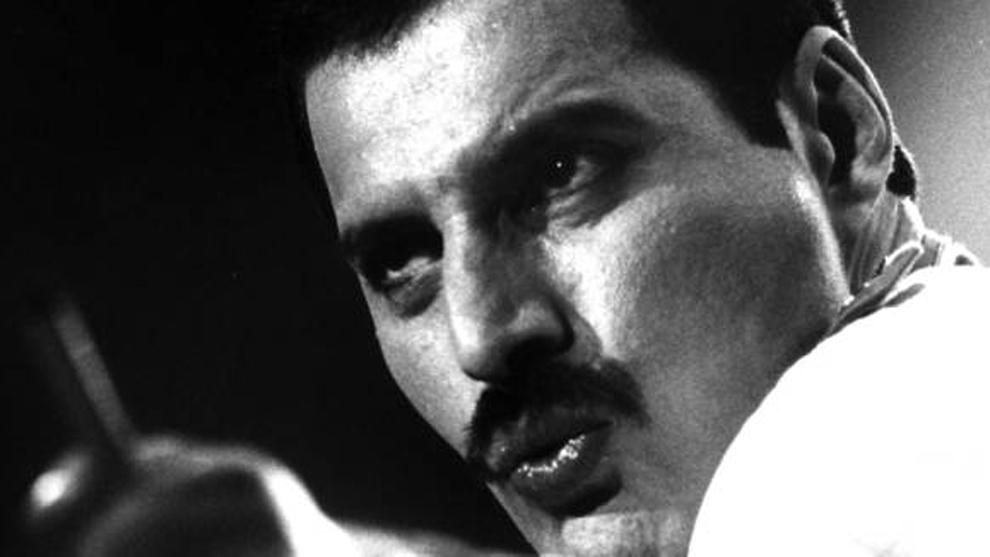Publicada una versión inédita de 'Time — Vuelve Freddie Mercury