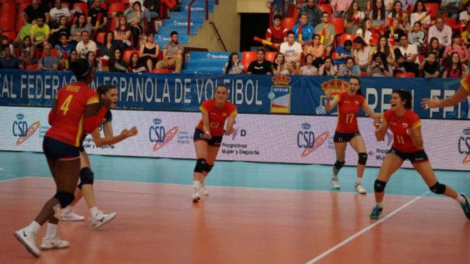 La selección femenina, en un partido.