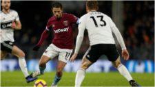 Chicharito, en un partido de la Premier con el West Ham.