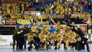 El Bidasoa-Irún celebra su segundo puesto en la Liga Asobal /