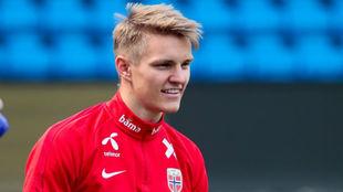 Odegaard (20), con la selección noruega.