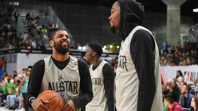 Kyrie Irving y Kevin Durant, juntos en el All Star de la NBA