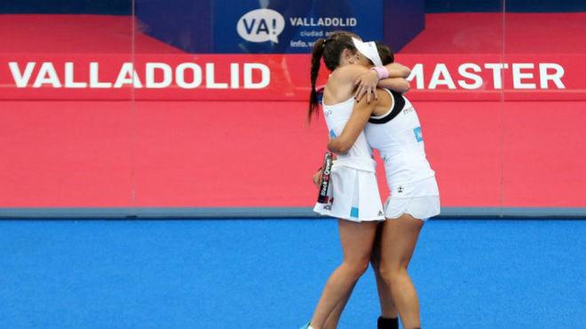 Las 'Martas' se abrazan tras pasar a la final.