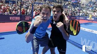 Navarro y Lebrón celebran su triunfo en el Jaén Open