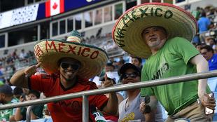 Aficionados mexicanos en Charlotte