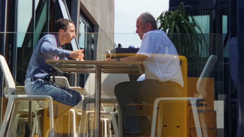 Helmut Marko y Nicolas Todt, reunidos en el GP de Francia.