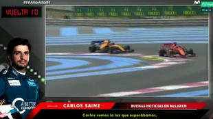 Momento en el que McLaren da buenas noticias a Sainz.