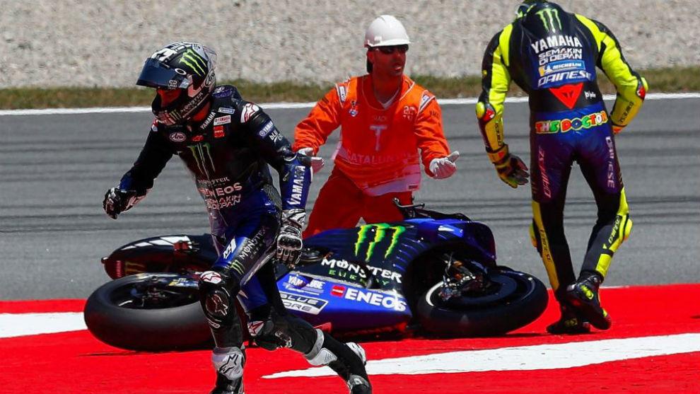 Viñales y Rossi, tras su caída doble en Montmeló.
