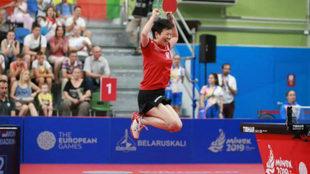 Ni Xialian salta de alegría tras lograr el bronce en los Juegos...