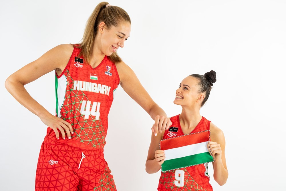 La pívot húngara es, con diferencia, la jugadora más alta del...