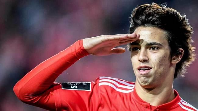 Joao Félix celebra uno de los goles que ha marcado con el Benfica.