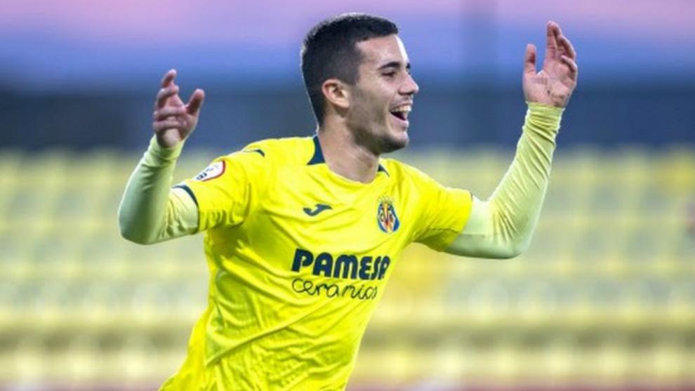 Simón Moreno, en un partido con el Villarreal B.