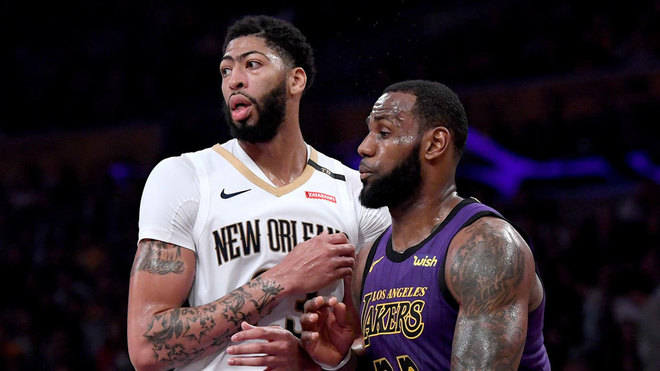 LeBron James cederá el número 23 a Anthony Davis en los Lakers