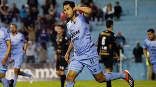 Edu Pérez festejando su anotación con Tampico Madero vs Dorados