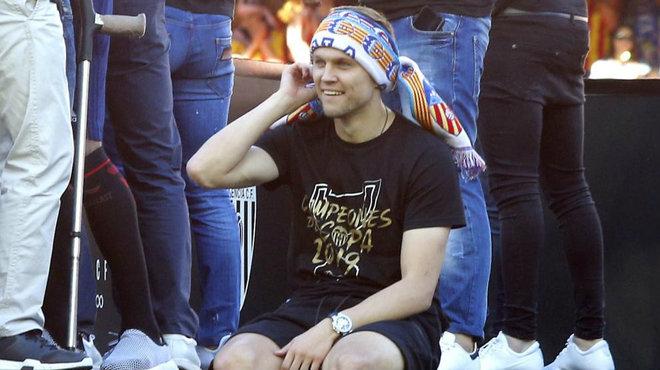 Denis Cheryshev celebra el título de Copa del Rey que logró con el...