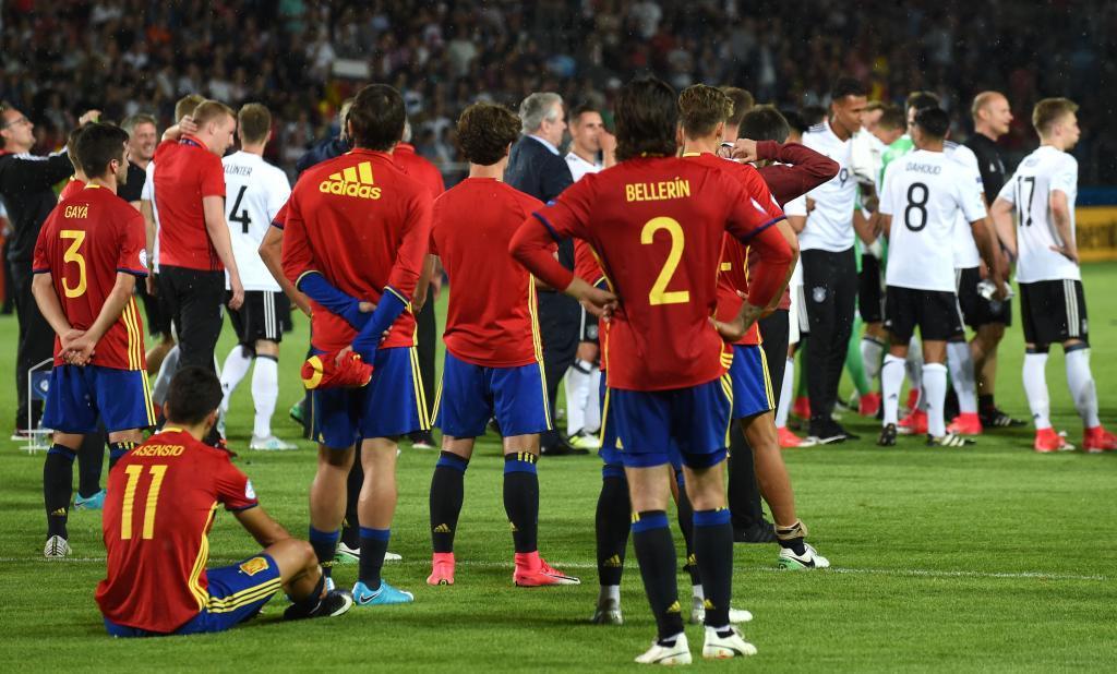 Spanish players react after losing the UEFA U-21 European Championship football final match <HIT>Germany</HIT> v <HIT>Spain</HIT> in <HIT>Krakow</HIT>, Poland, on June 30, 2017. / AFP PHOTO / Janek SKARZYNSKI