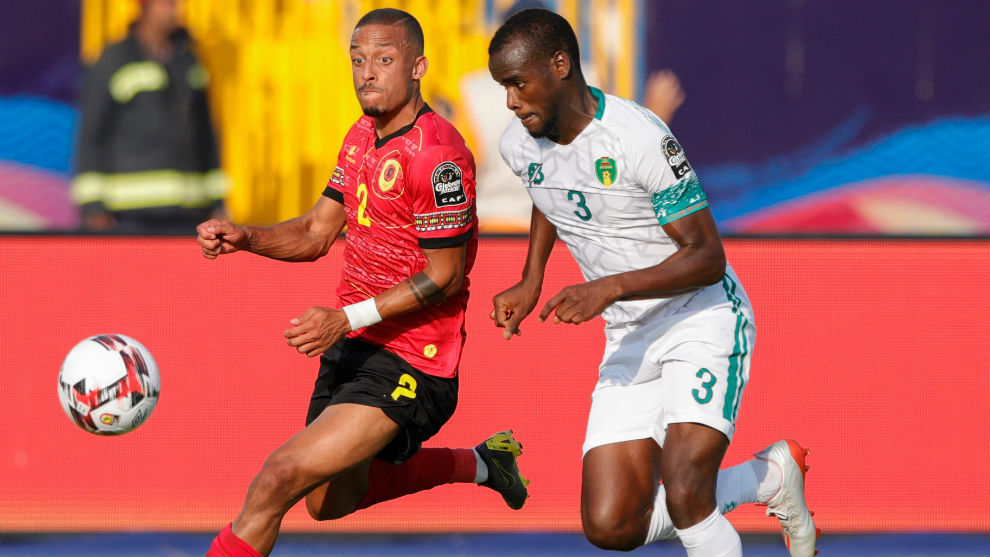 Aly Abeid (21) y Bruno Gaspar (26).