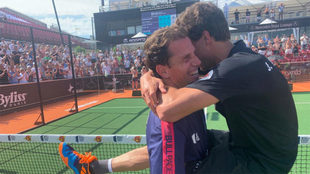 Paquito y Lebrón celebran su victoria en Suecia.