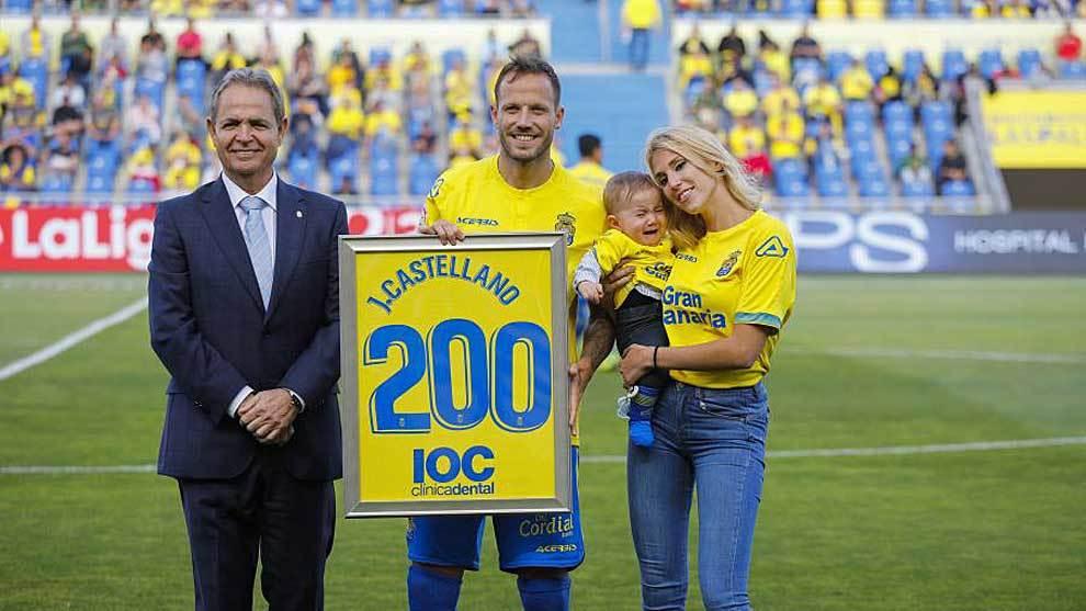 Javi Castellano, el día que recibió el homenaje por sus 200 partidos...