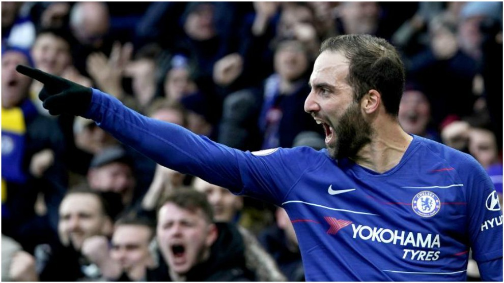 Higuain glad to leave Chelsea