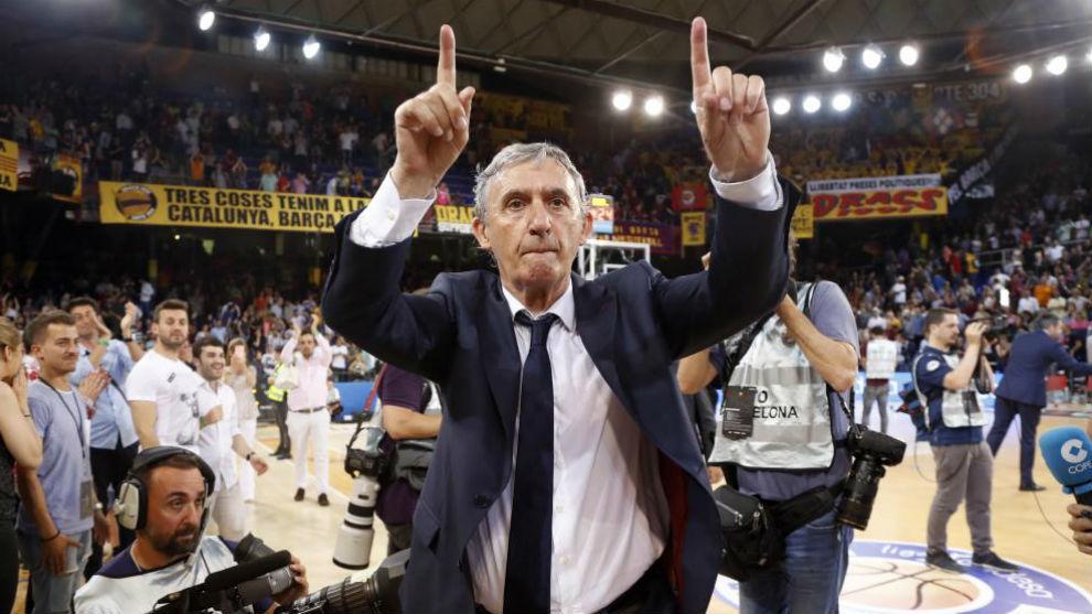 Pesic, eufórico tras ganar el Barcelona el tercer partido de la final...