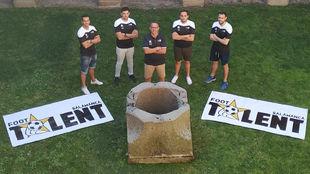El 'Equipo Foot Talent' posa para MARCA en Salamanca.