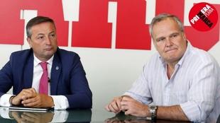 Alfredo Pérez, presidente del Racing, y Ramiro Larragán, director de...