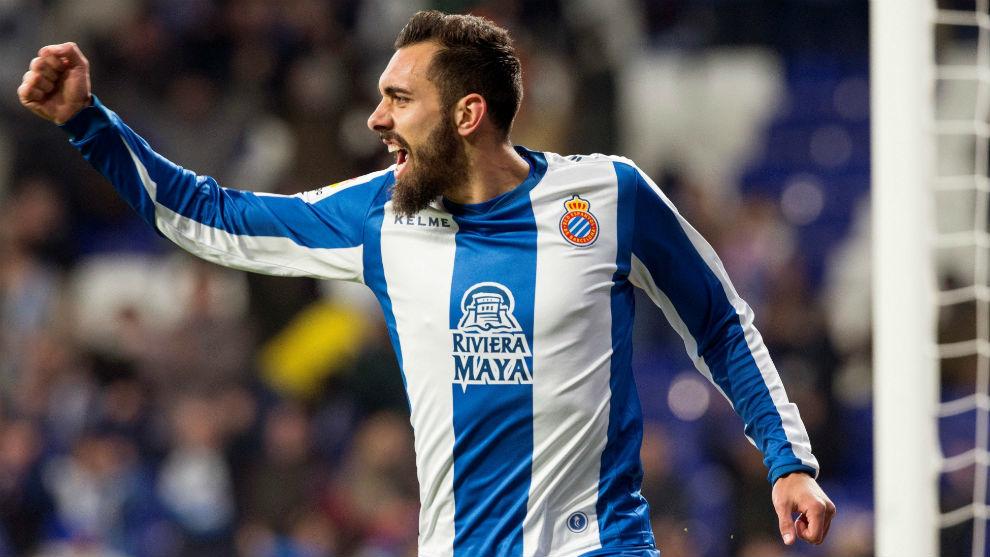 Borja Iglesias, celebrando un gol