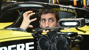 Ricciardo en su Renault.