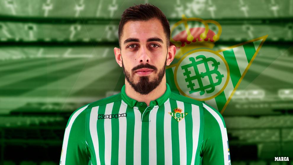 Borja, con la camiseta del Betis