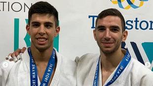 Álvaro Gavilán y Sergio Ibáñez, con sus medallas en el Mundial de...